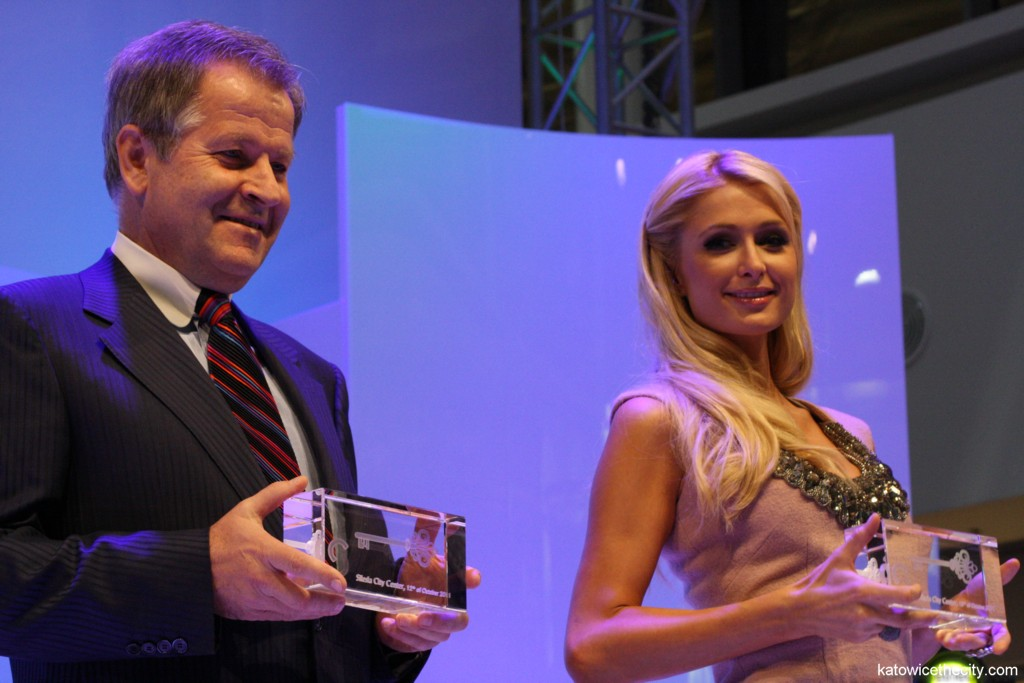 Paris Hilton and Eduard Zehetner, CEO of Immofinanz Group, during the opening ceremony of the Silesia City Center's extension