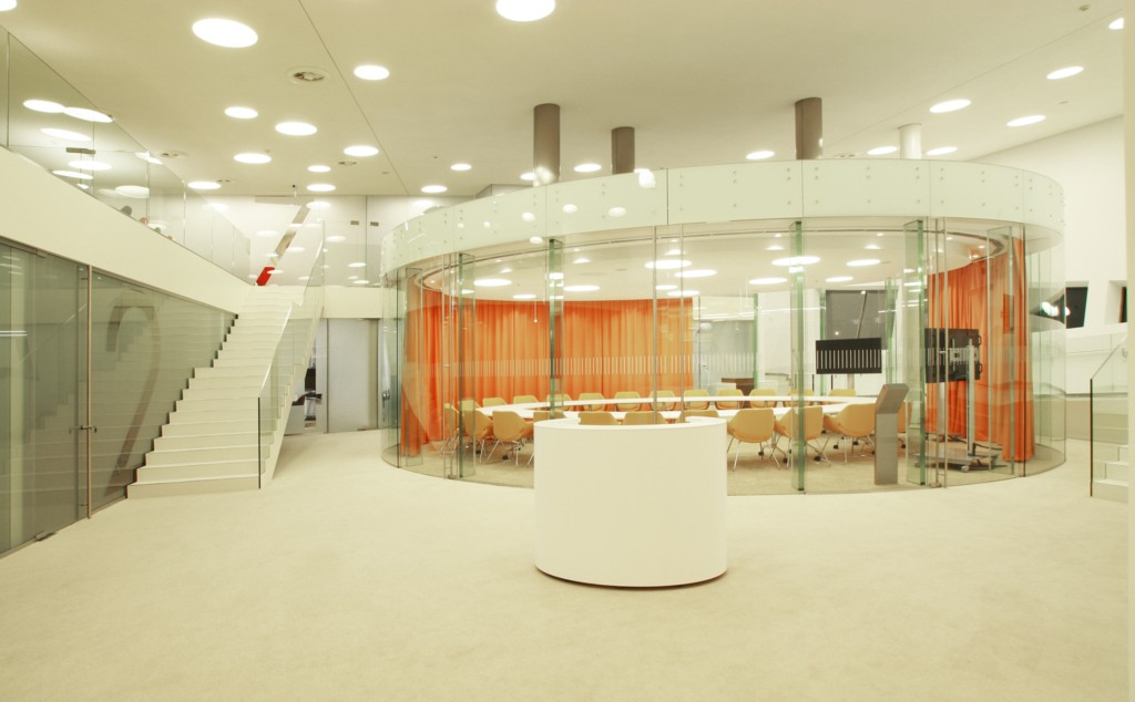 Training and conference center of ing bank l ski - Interior decorator apprenticeship ...