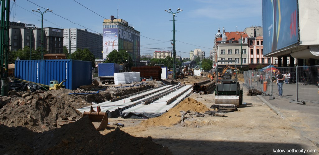 Works on a new tram line's route - part of the City Center's redevelopment were commenced in the beginning of March and are being conducted by the consortium of NDI and Balzola.