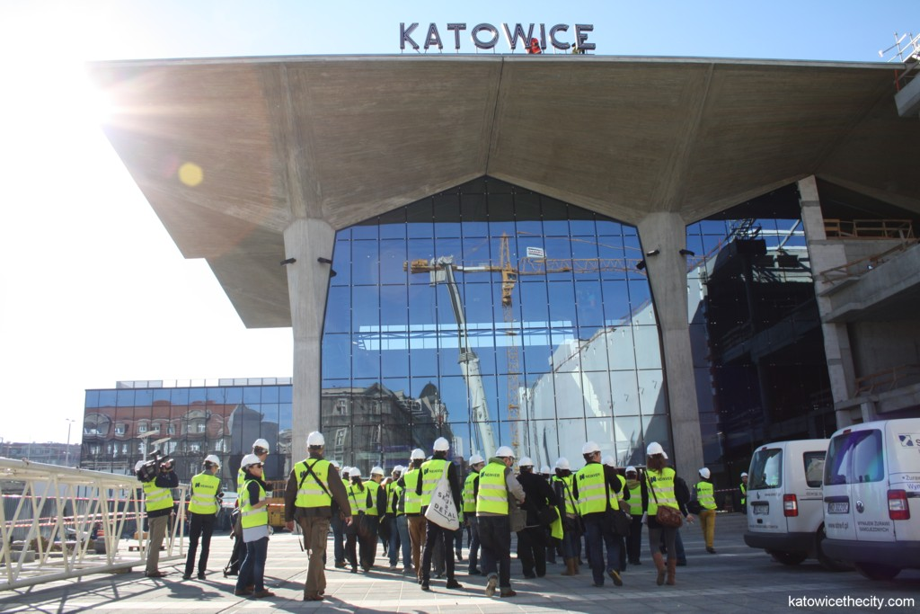 Katowice Railway Station and the reconstructed cup-shaped pillars