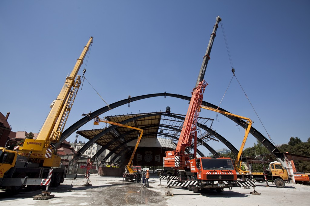 © Griffin Group; dismantling of the welded spans of Supersam
