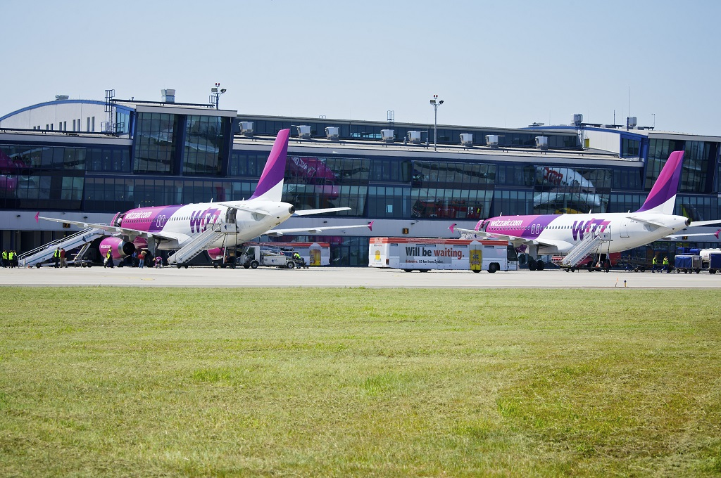 © WizzAir; aircrafts of the carrier at the Katowice International Airport