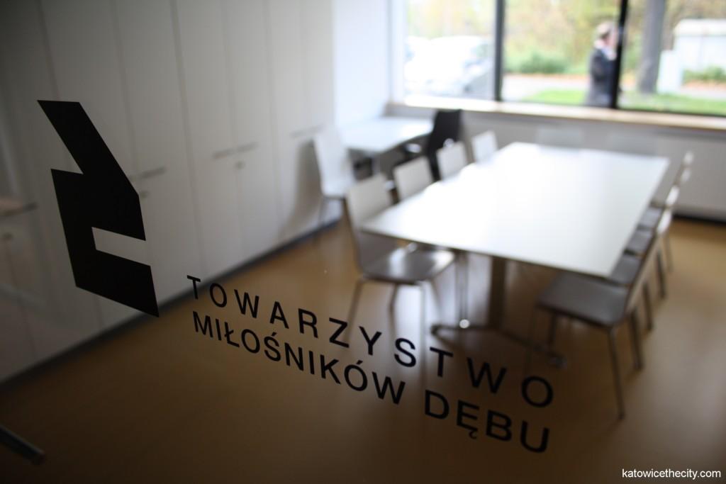 City community center in Dąb