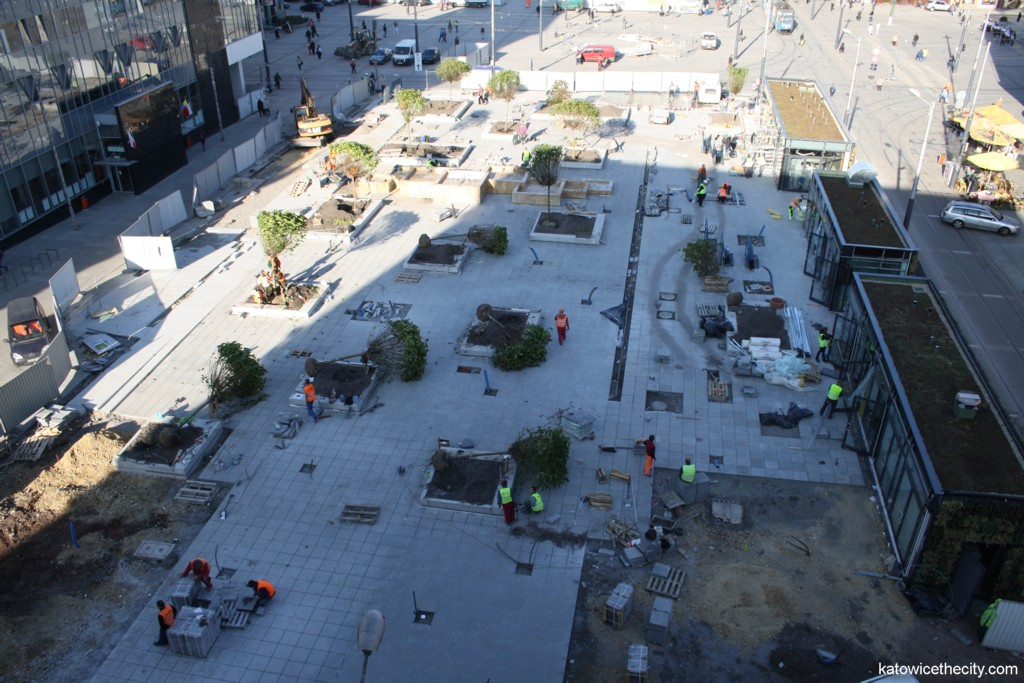 Construction work on Flower Sq.