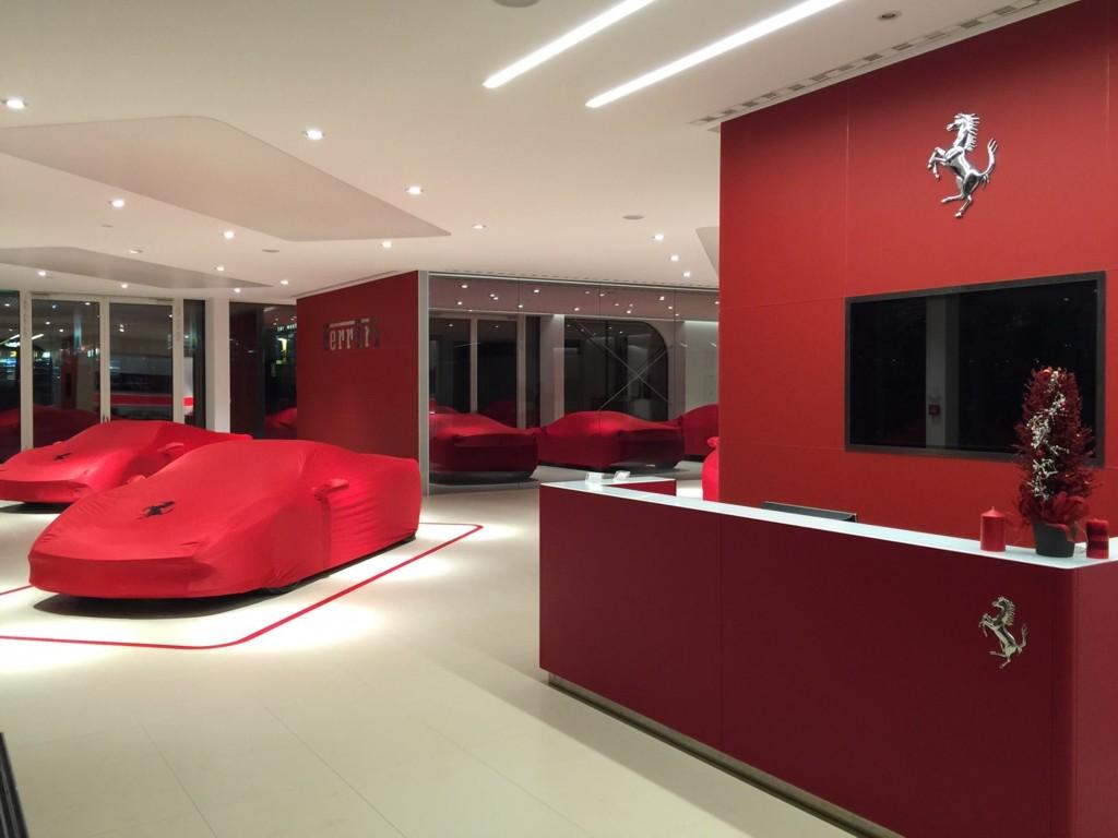© Grupa Pietrzak; extension of the Ferrari Katowice showroom