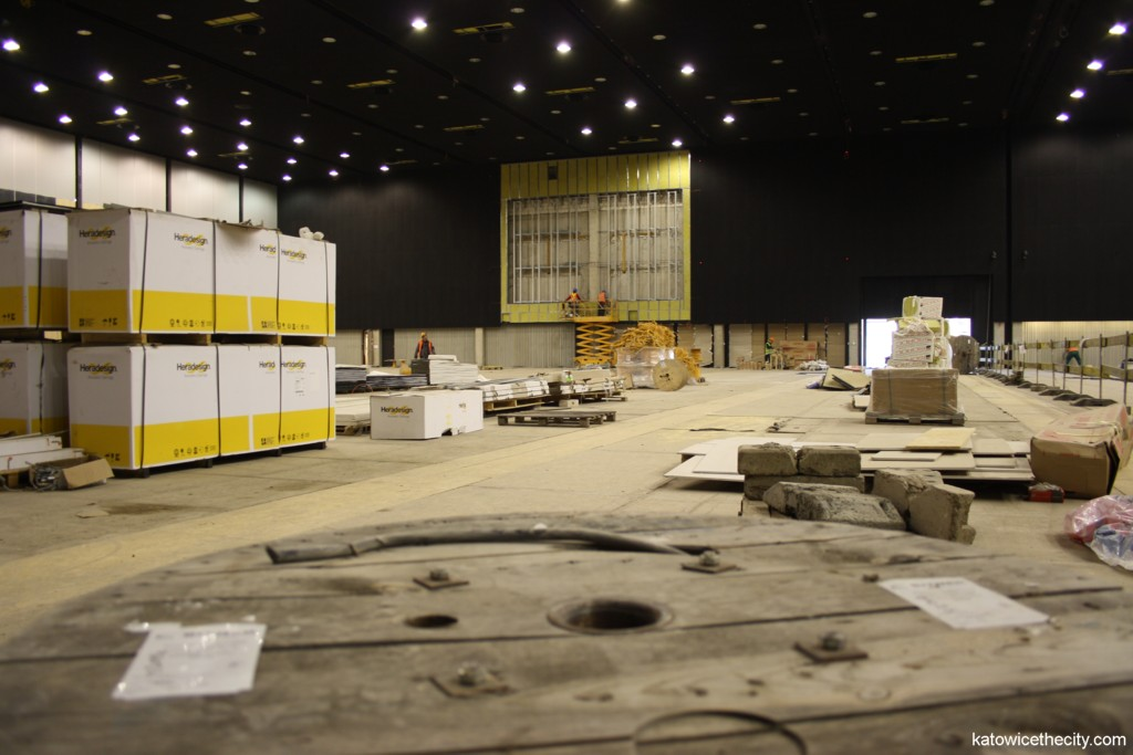 Construction work on the International Convention Center, multifunctional hall