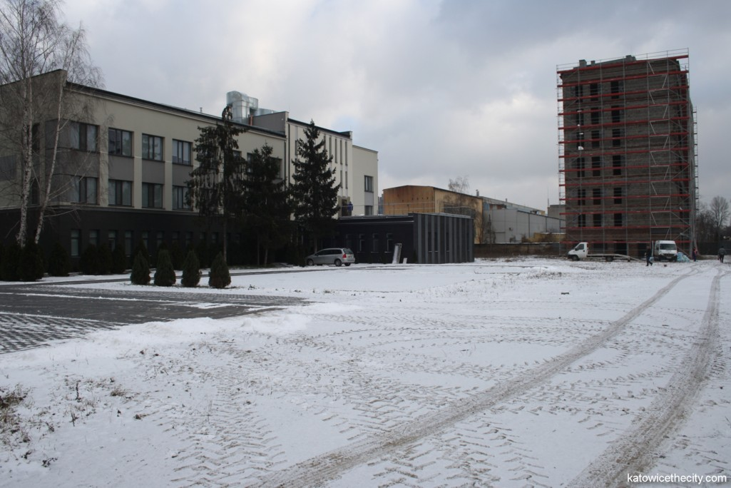 Rawa Office, building B (left) and building C (right)
